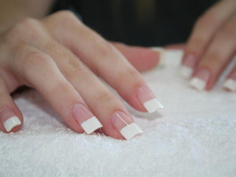 Ногти, нарощенные на типсах