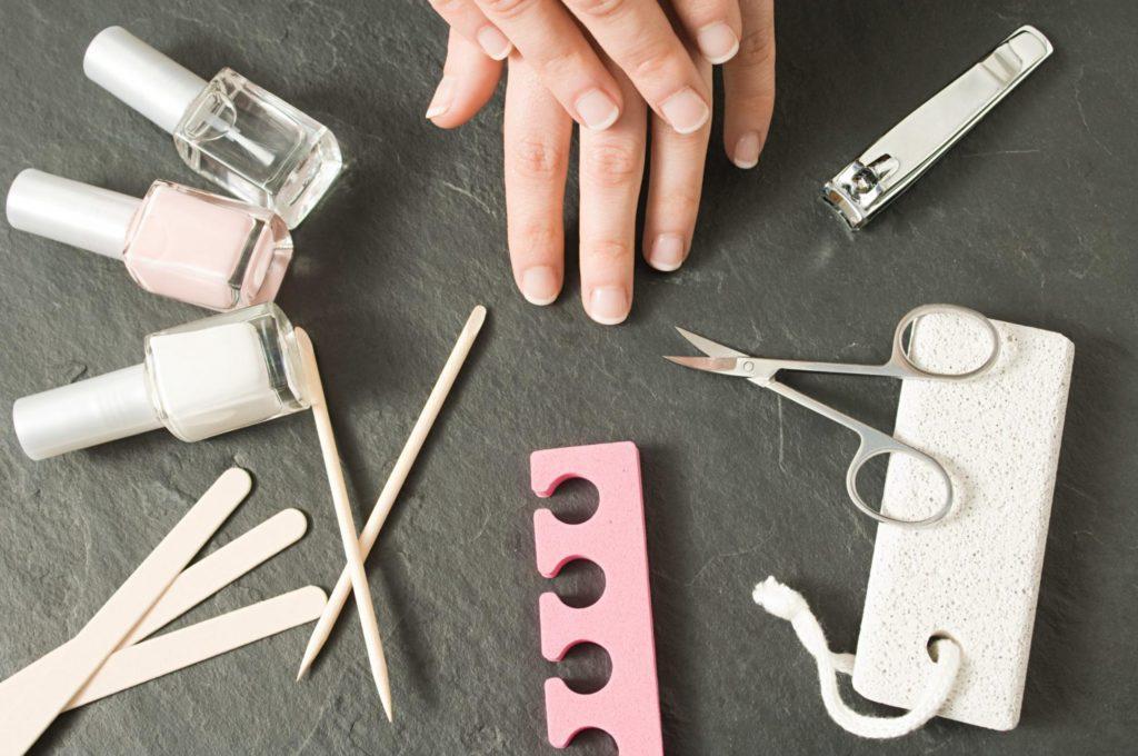 Инструменты для французского маникюра